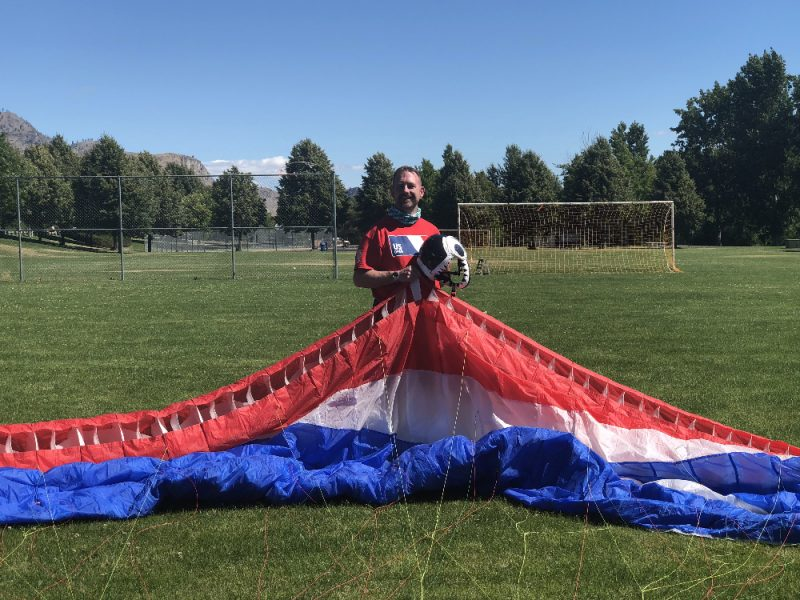 U S  Open & Canadian National Paragliders Compete in Chelan - Lake