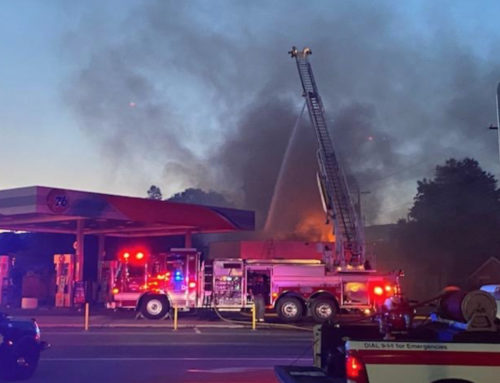Early Morning Fire at 76 Station in Chelan
